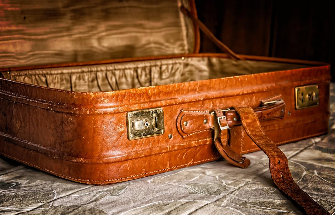 Lightweight Luggage Sets